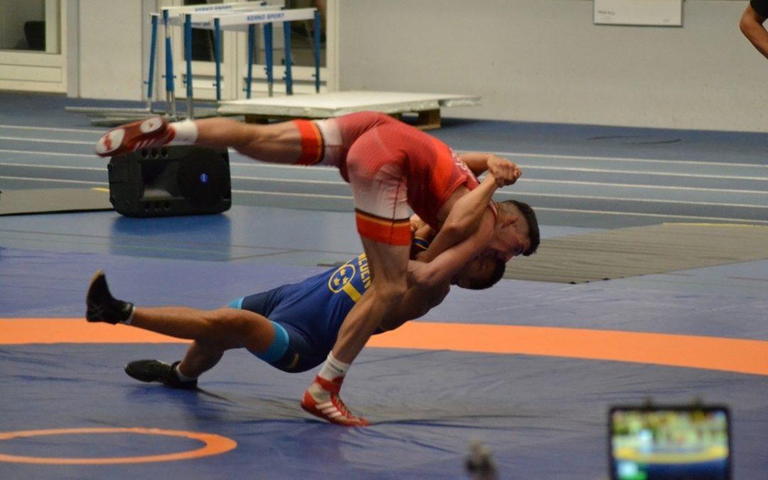 #228 Intervju – Lukas Ahlgren, så tränar en brottare i landslaget